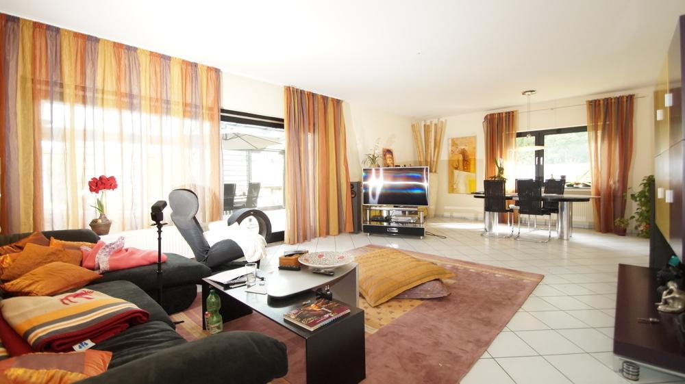 Wohnzimmer WE1