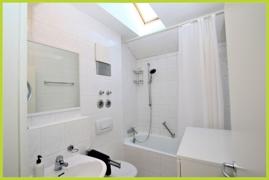 Tageslicht- Badezimmer