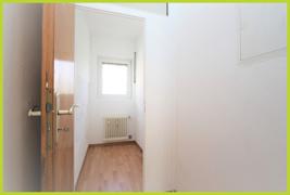 Abstellraum mit Vorplatz/Garderobe