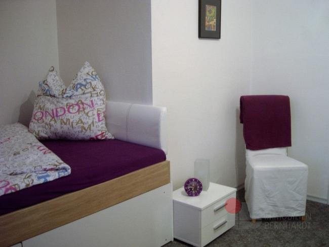 Zimmer Rot 2