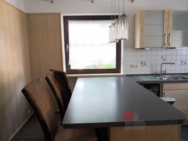 Küche-Esstisch