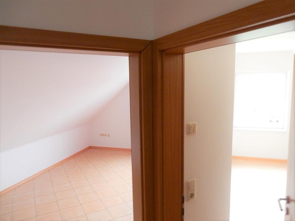 Blick: Eintritt Kinderzimmer hinten
