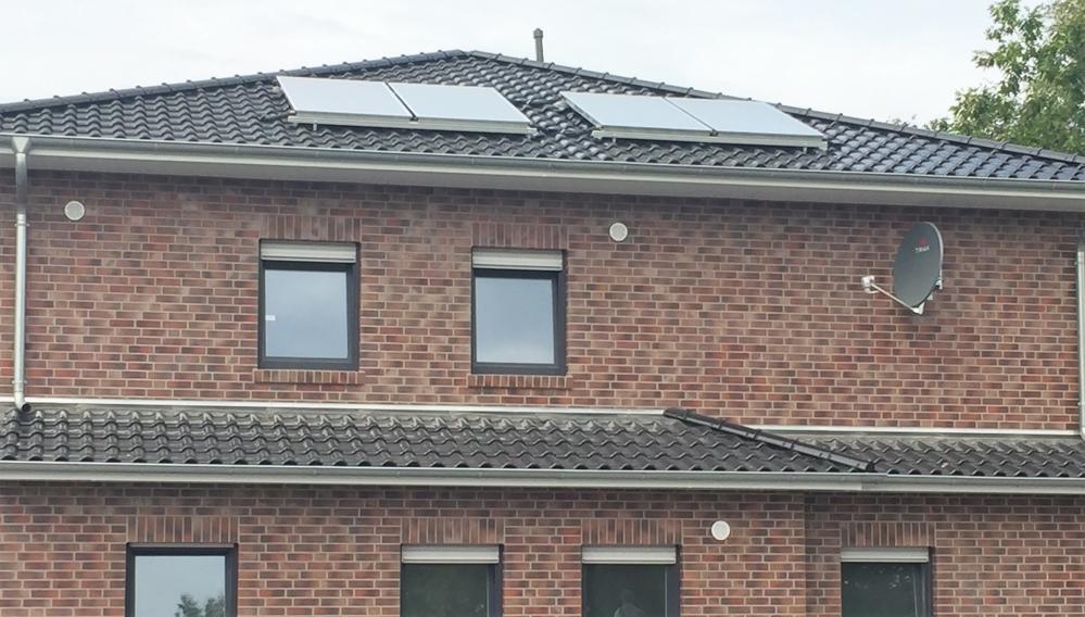 mit Warmwasser-Solar