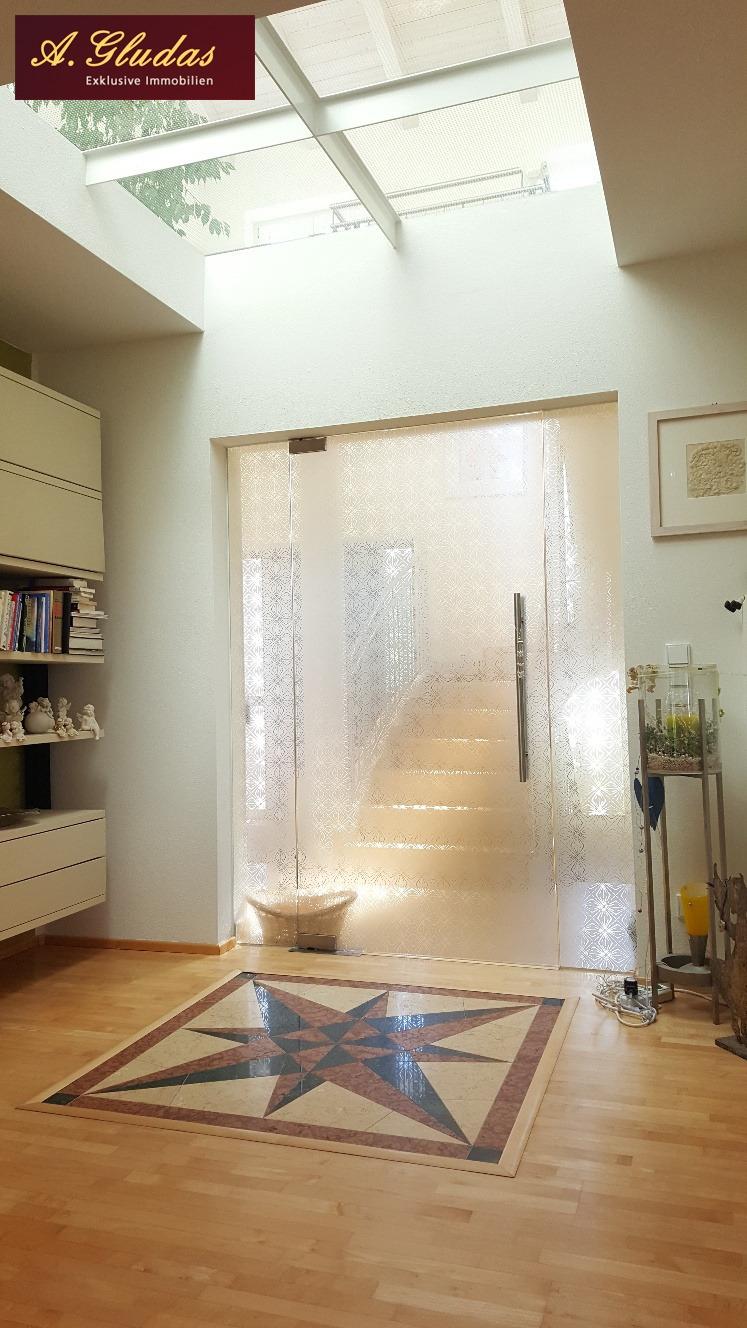 Glastüre vom Wohnbereich zur Diele