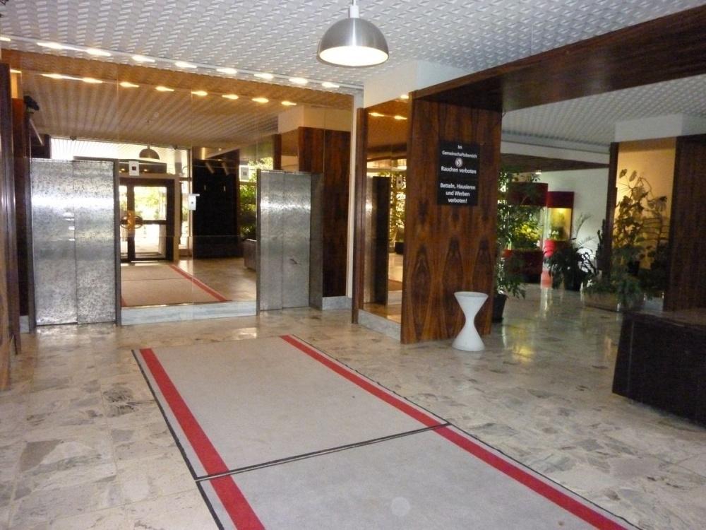 Eingangslobby / Aufzüge