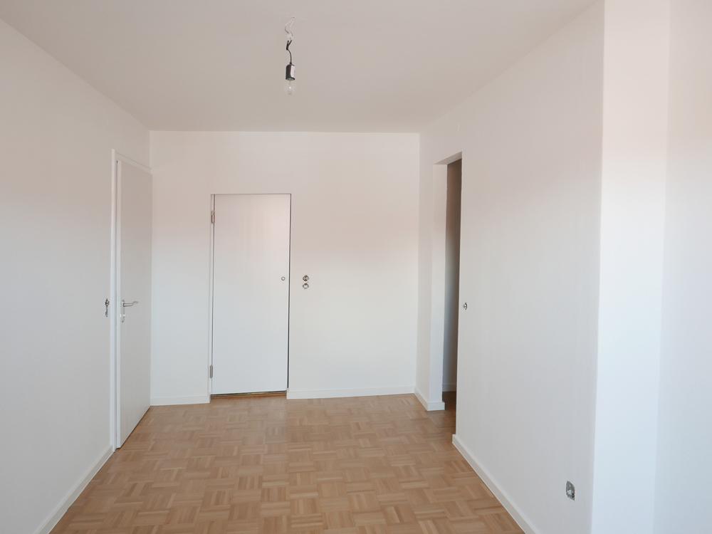 Zimmer 3 mit Bad en suite und Ankleide