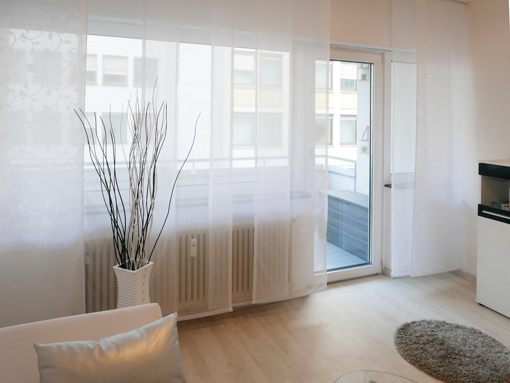 Raum 2, mit Balkonzugang