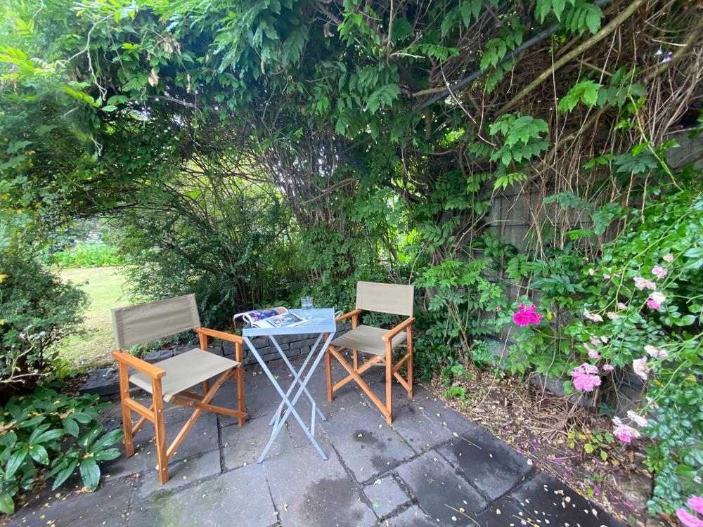 Terrassenbereich zum Garten