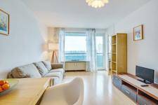 Wohnbereich, Zugang Balkon/Küche