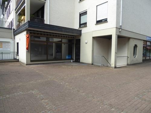 Wohn-Geschäftshaus