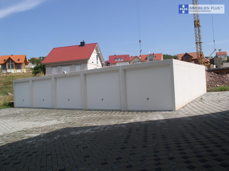 Beispiel: Fünfer-Garagenblock