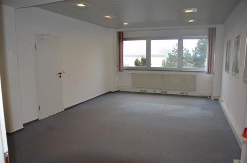Büro 1.1.png