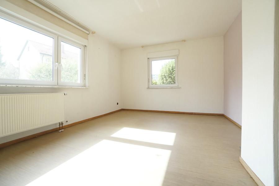 EG Wohnzimmer schräg