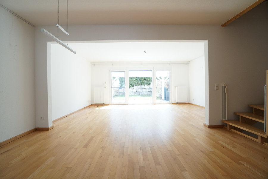 EG Blick in den Wohnbereich