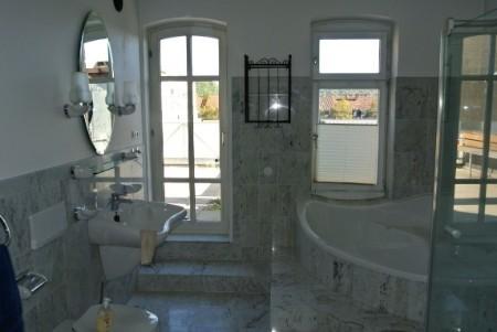 Marmorbadezimmer
