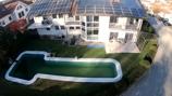 Garten und Pool von oben