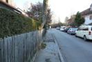 Straße vor Haus
