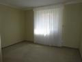 Schlafzimmer mit Teppich
