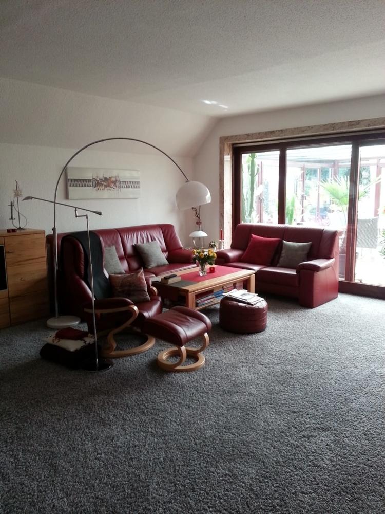 Erdgeschosswohnung - helles Wohnzimmer mit viel Platz