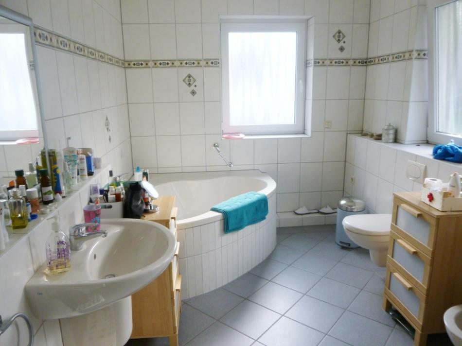 Badezimmer b