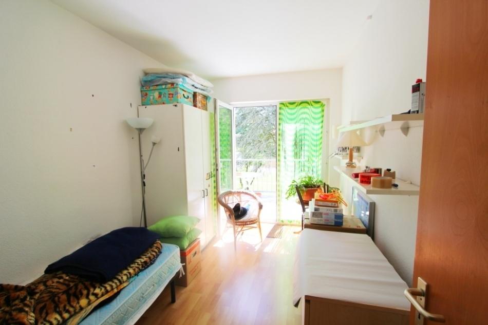 Kinderzimmer  2  Vorderhaus