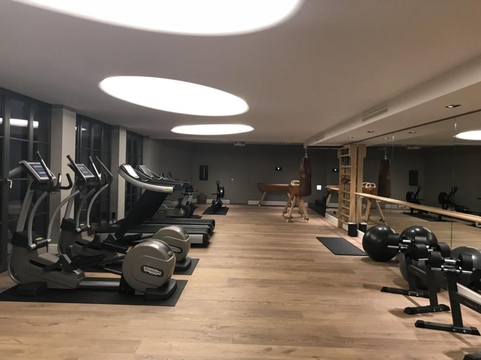 hauseigenes Fitnessstudio
