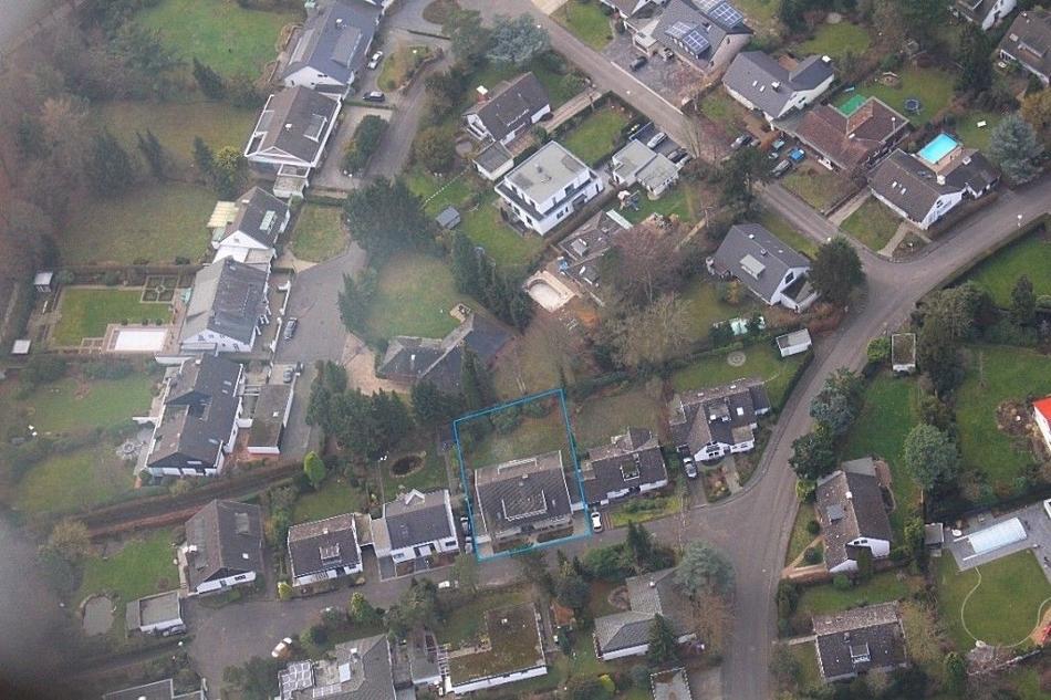 Luftbild mit Grundstücksgrenze