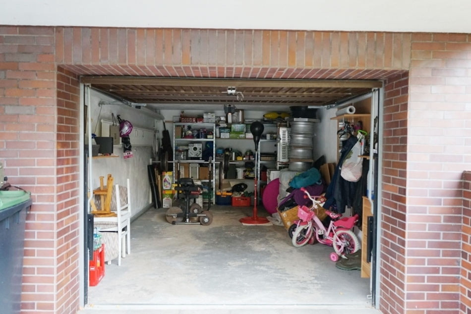 XL Garage
