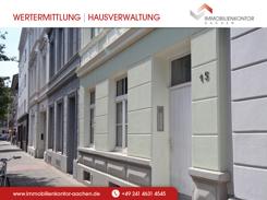 Hausfront der sanierten Etagenwohnung