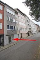 Das Appartmenthaus liegt in einer ruhigen Parallelstraße zur Theaterstraße