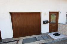 Eingang mit Garage