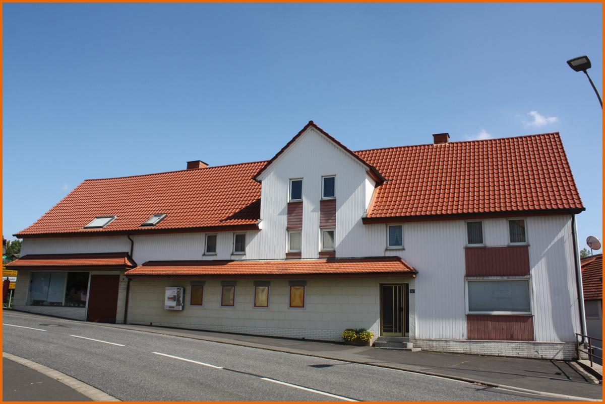 Haus-Front-Westen