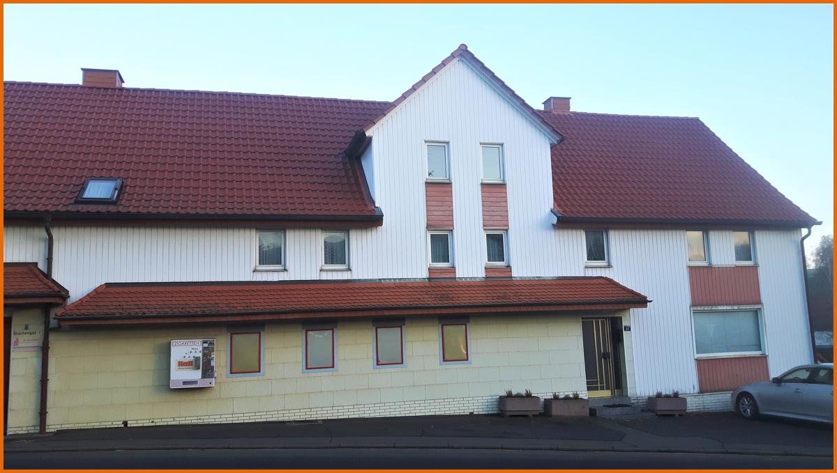 Wohn-Geschäftshaus Vorderansicht 2