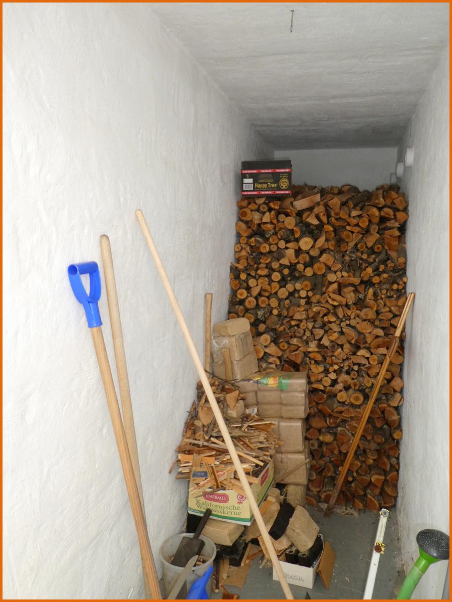Holzlagerraum