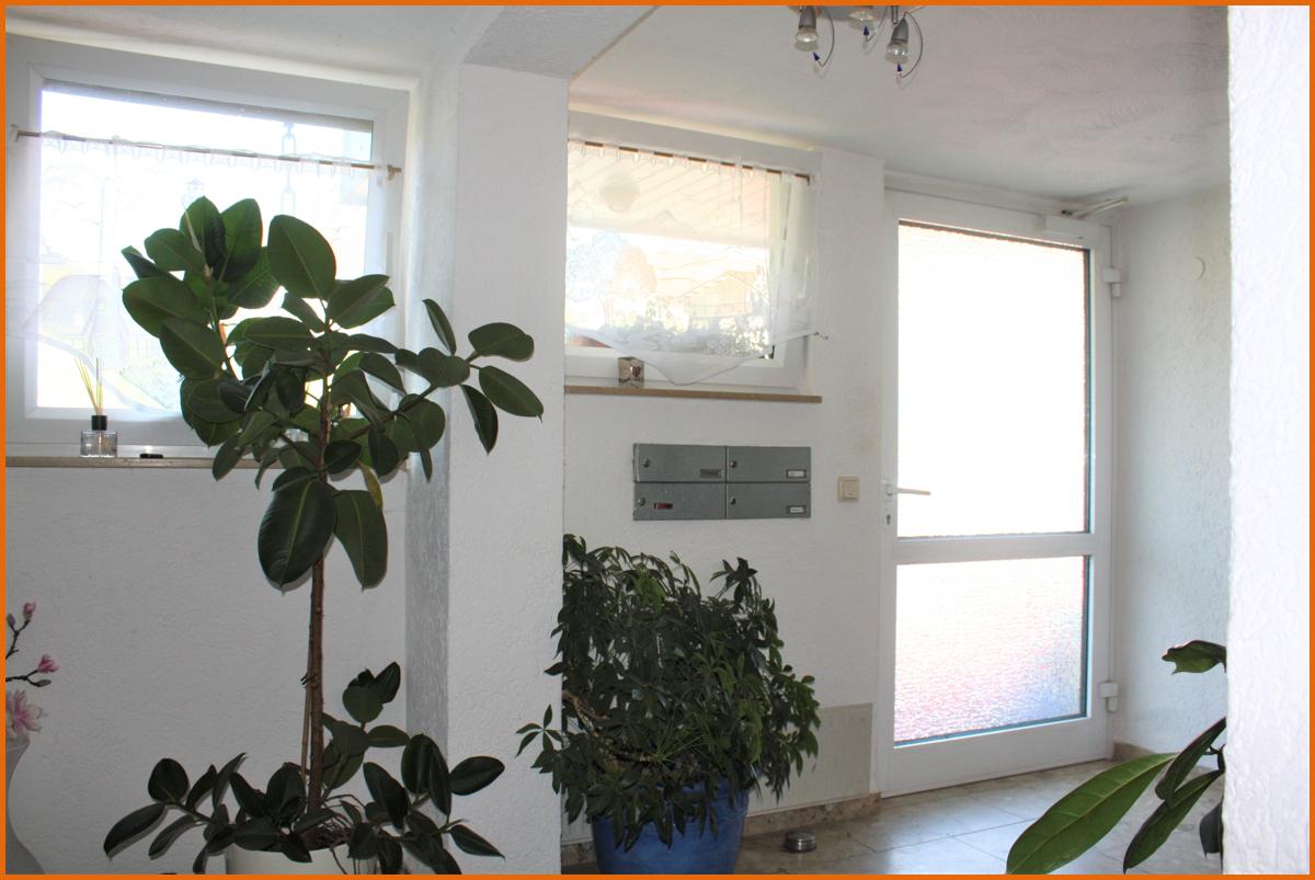 Eingang-Haus-1