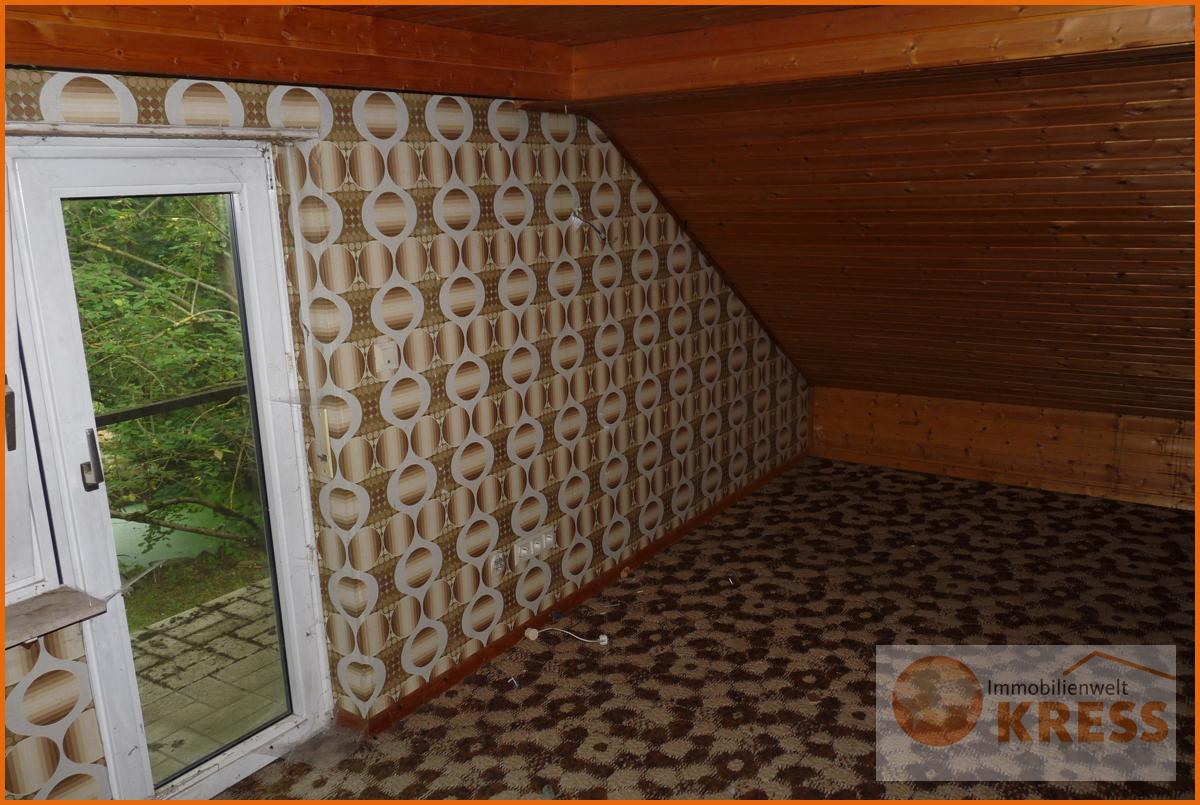 Zimmer Dachgeschoss mit Balkon