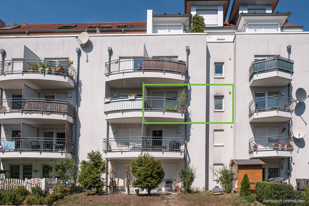 Der Balkon ist nach Süden ausgerichtet.