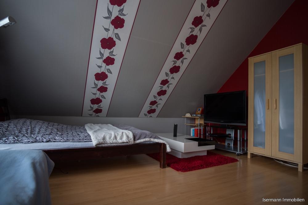 Die Schlafzimmer im Spitzboden verfügen über eine besondere Wohnatmosphäre.