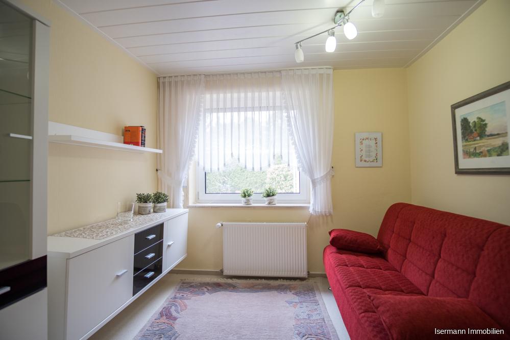 Ob Kinderzimmer oder Büro, beide Räume sind ausreichend groß...