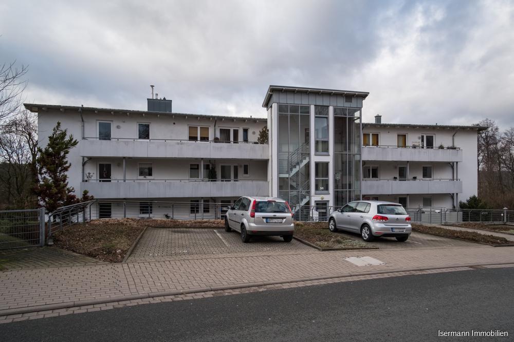 Die Wohnung liegt am Hang des Teutoburger Walds, unweit der Bielefelder Promenade.