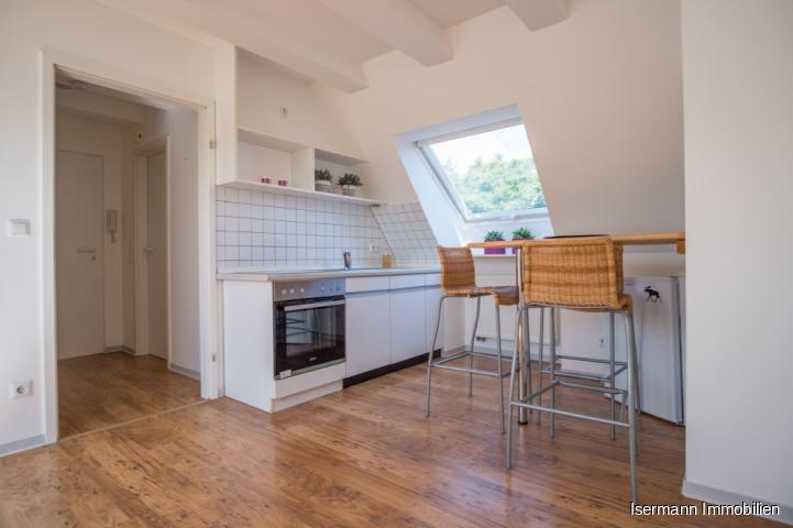 Eine kleine Küchenzeile gehört zur Ausstattung.