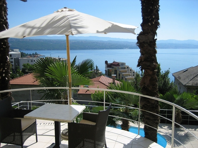 real_Estate_opatija_apartment_with_pool_sale (7)