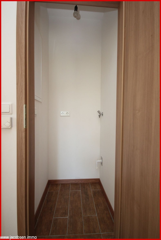 Raum für Waschmaschine u. Trockner