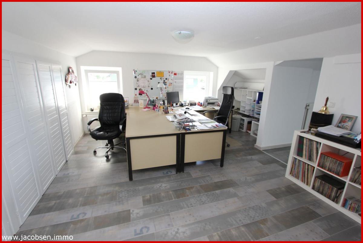Wohnung 1 Dachgeschoss Büro
