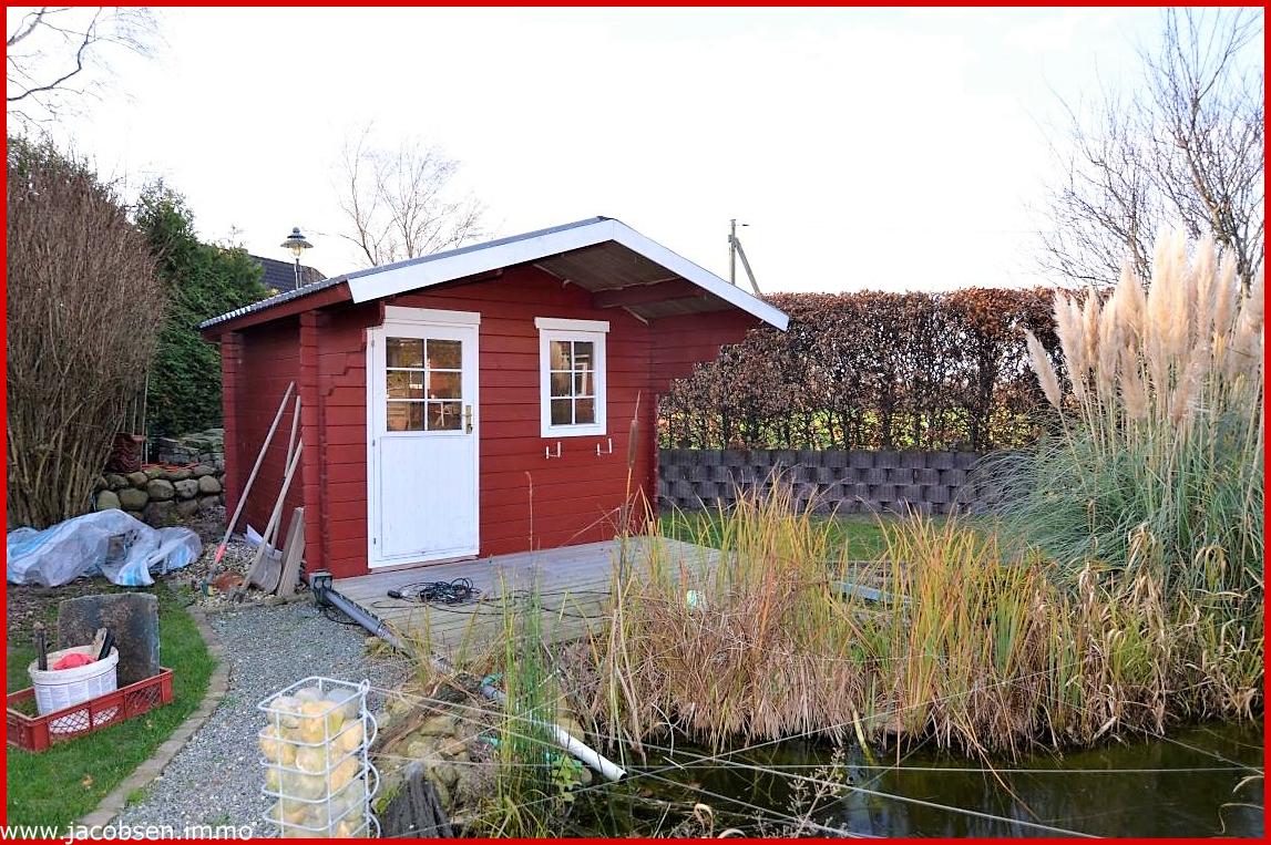 Gartenhaus mit Teich