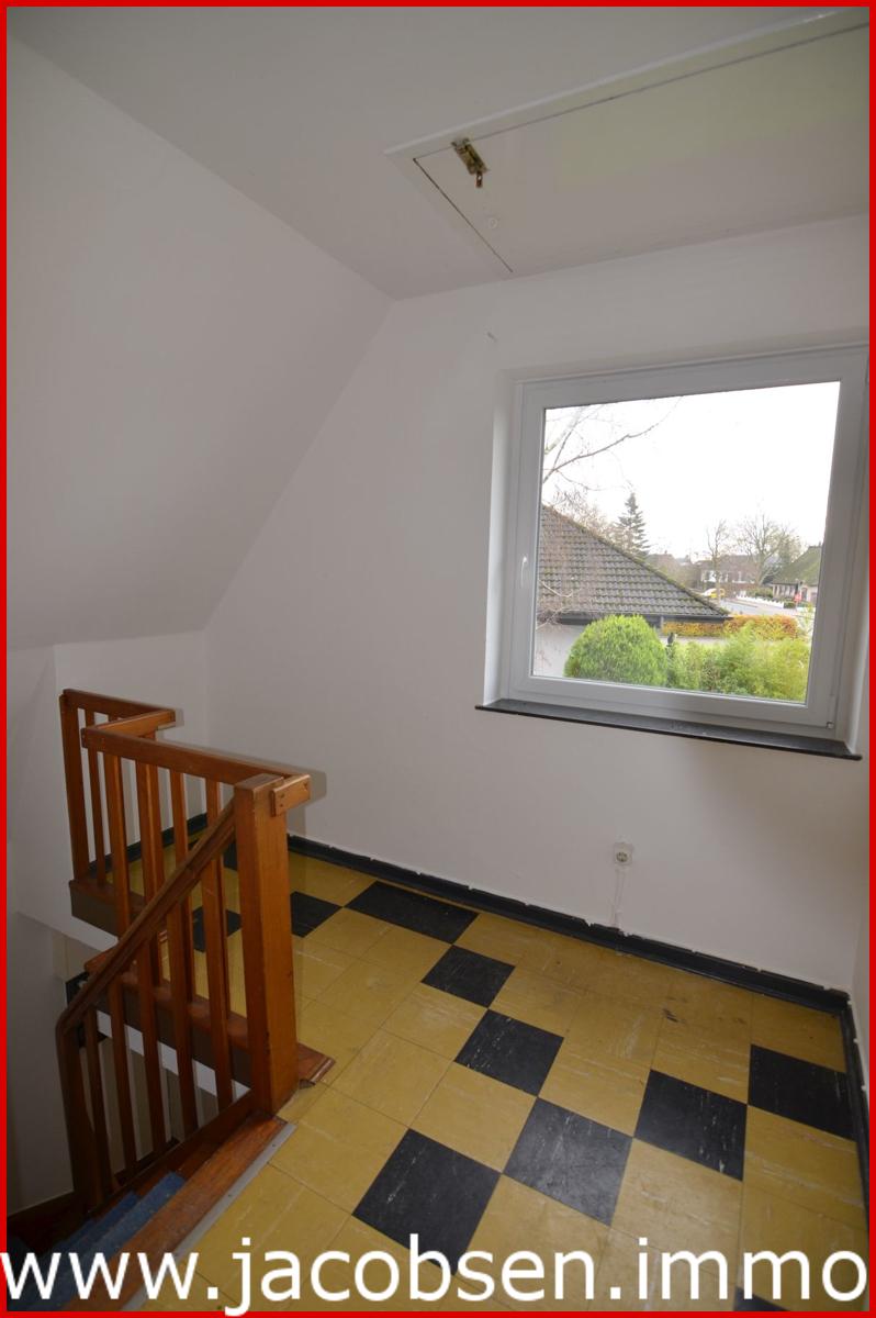 Wohnung 3 Dachgeschoss Flur