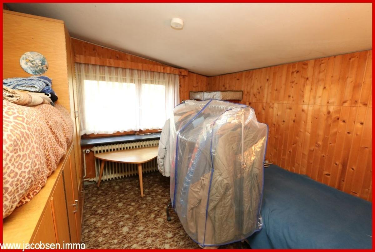Zimmer 9m² im Dachgeschoss