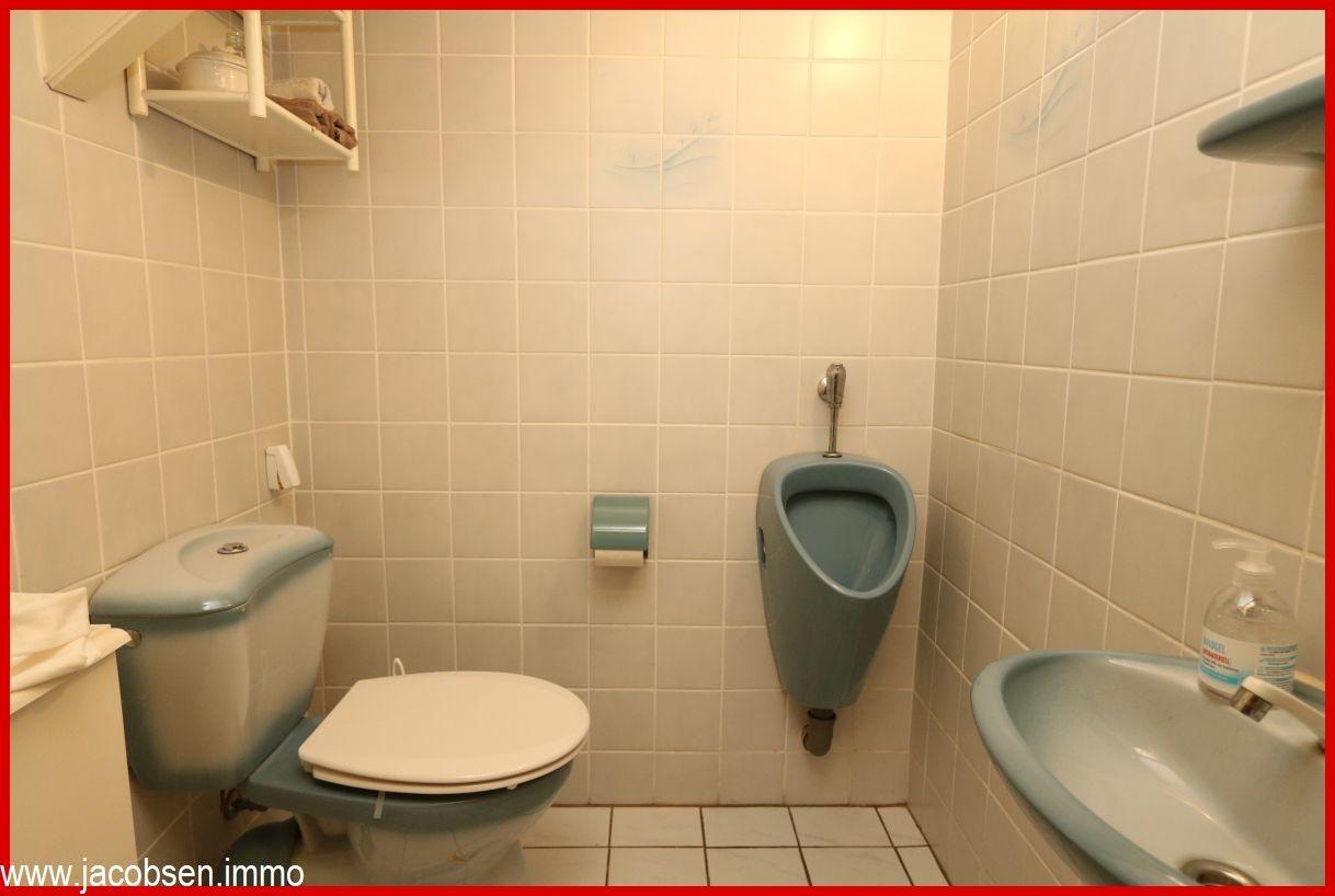 Haupthaus Gäste-WC