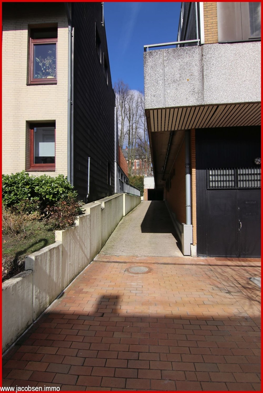 Zufahrt Hintereingang