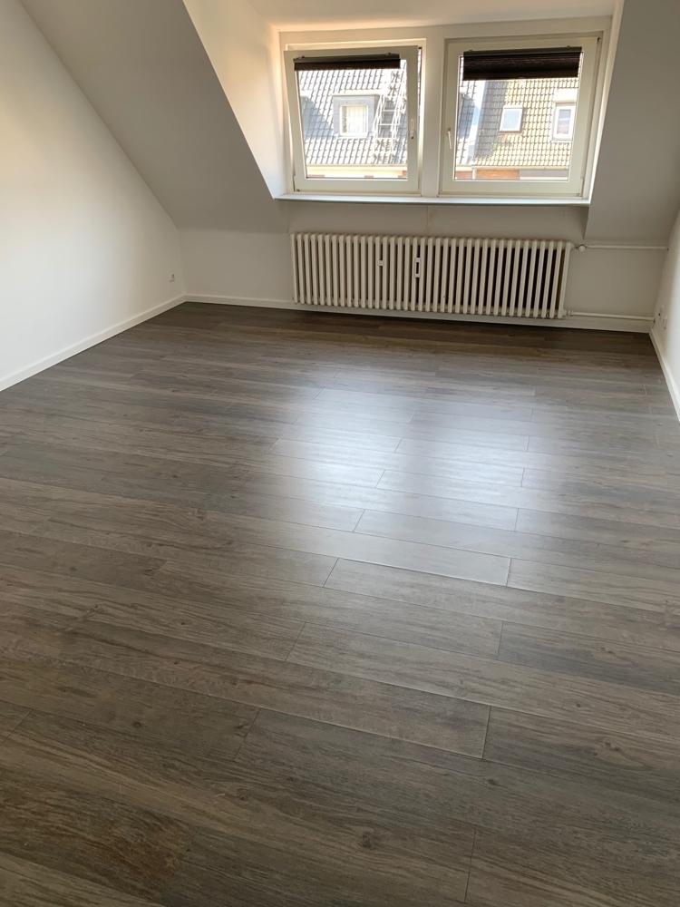 Wohnzimmer ohne Möbel